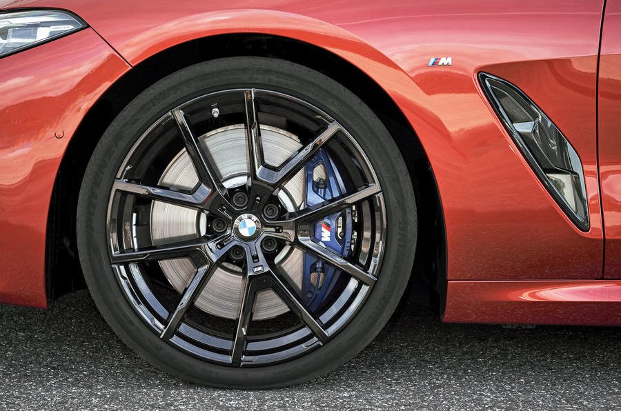 Review of BMW 8 Series M850i xDrive